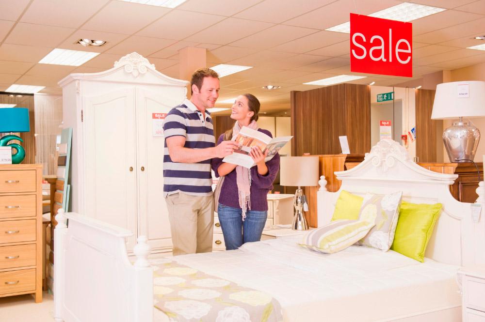 Consejos para ahorrar en la compra de tus muebles online  Decoración de dorm...